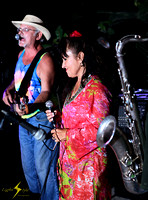 adj_5223_Chantal and the band